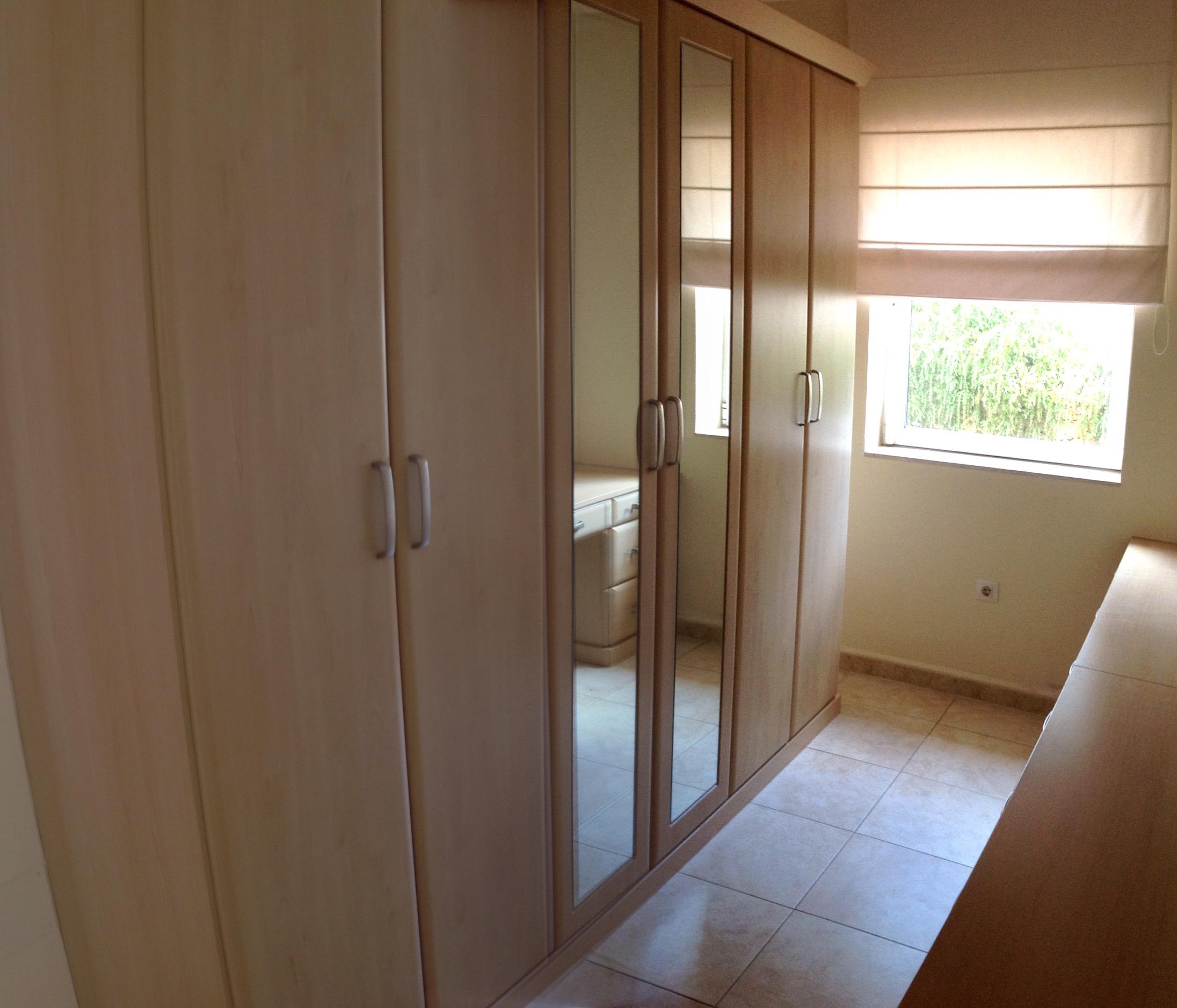 Prestige 5 bedroom villa in urbanizacion valtocado mijas for Dressing area in bedroom